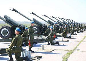 Сводные расчеты ЮВО провели генеральную репетицию праздничного салюта в честь Дня Победы во Владикавказе
