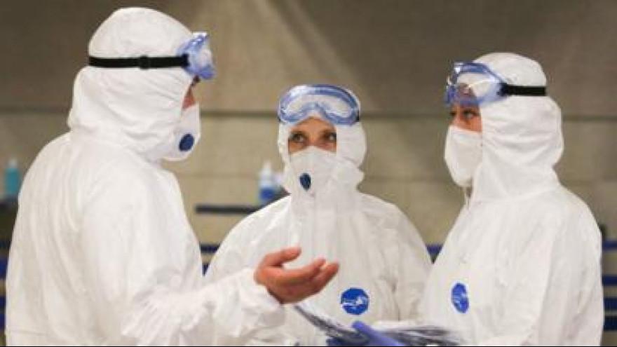 Группа медиков из Москвы приступила к работе в «красной зоне»