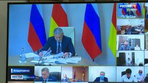 Вячеслав Битаров пригрозил увольнениями, если работа скорой помощи в республике не будет налажена