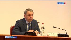 Администрация Владикавказа передала городским поликлиникам 7 легковых машин