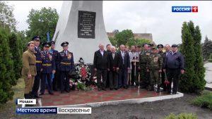В Моздоке провели личные парады для ветеранов