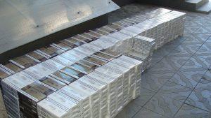 С начала года через  «Верхний Ларс» и «Нижний Зарамаг» пытались провезти контрабандой табачную продукцию на 1,7 млн рублей