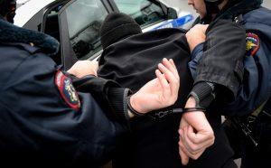 В Беслане задержали мужчину, находящегося в федеральном розыске за распространение метадона