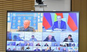 Вячеслав Битаров поручил Минздраву при необходимости организовать госпитализацию ребенка, пострадавшего при падении дерева, в центральные клиники