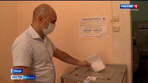 Жители районов республики активно участвуют в голосовании по поправкам в Конституцию РФ