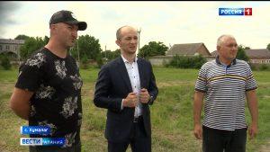 Алан Хугаев проинспектировал строительство спортивных объектов в республике