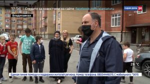 Жильцы нескольких домов во Владикавказе пожаловались в ОНФ на неблагоустроенные придомовые территории