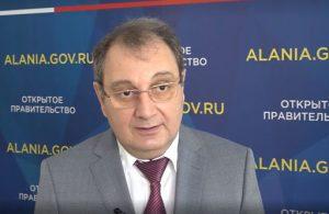 Количество обращений в медучреждения с подозрением на COVID-19 уменьшается – Тамерлан Гогичаев