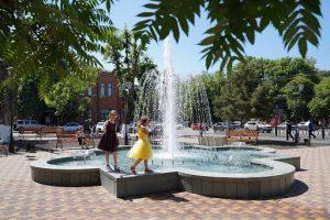 Во Владикавказе начали запуск городских фонтанов