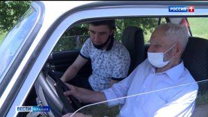 Исполнили «Мечту ветерана»: Алексей Шевченко освоил навыки вождения в 94 года