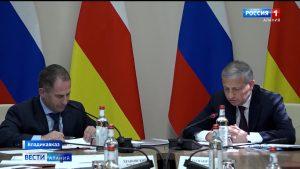Вячеслав Битаров и Михаил Бабич обсудили план создания горно-рекреационного комплекса «Мамисон»
