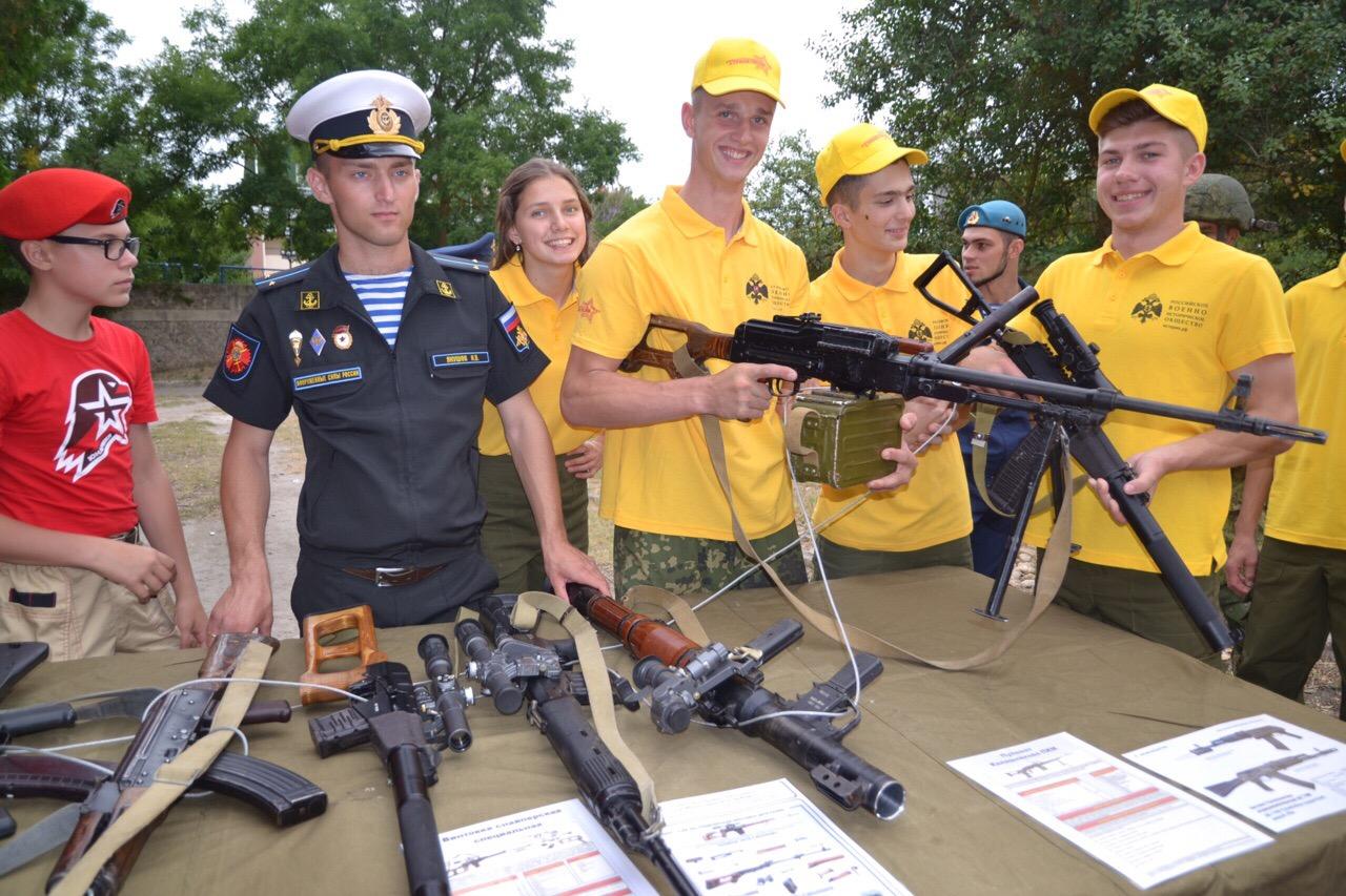 В Северной Осетии около тысячи детей станут участниками лагеря «Страна героев»