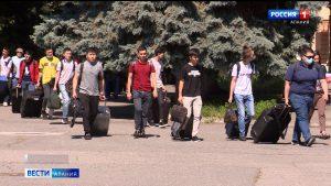 СКГМИ проводил студентов-иностранцев на каникулы
