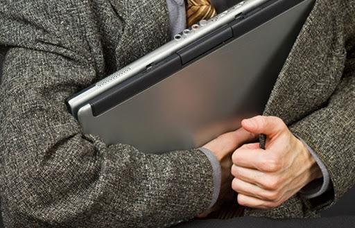 Во Владикавказе задержали троих жителей соседнего региона, укравших ноутбуки из магазина