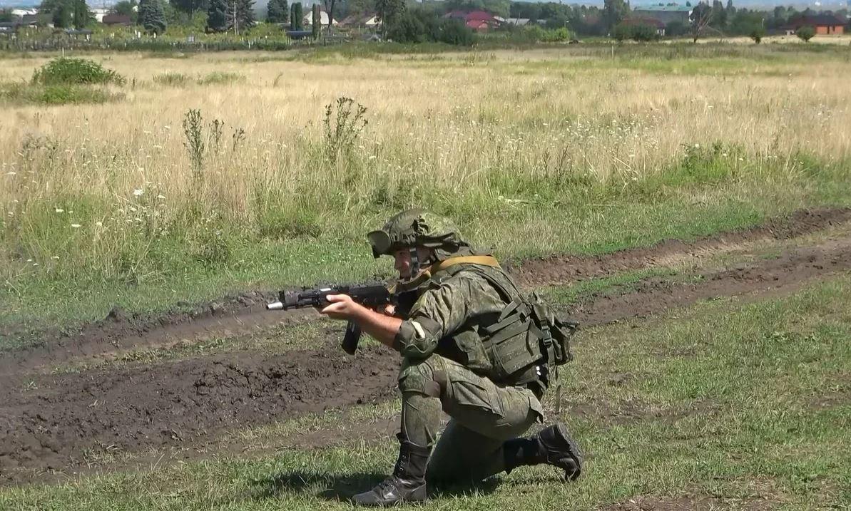 Военные полицейские ЮВО провели спецоперацию по розыску и задержанию угнанных автомобилей в Северной Осетии