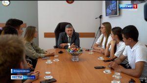 Рустем Келехсаев встретился с российскими трэвел-блогерами