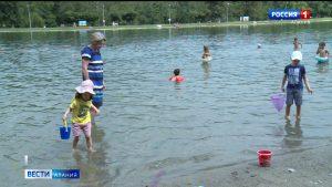 Водная станция и бассейн в районе Китайской площади открыли купальный сезон