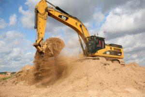 Прокуратура Кировского района пресекла незаконную добычу полезных ископаемых на двух карьерах