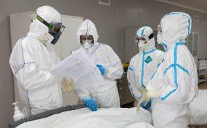 Более тысячи медиков республики, пострадавших от COVID-19, получили единовременные страховые выплаты