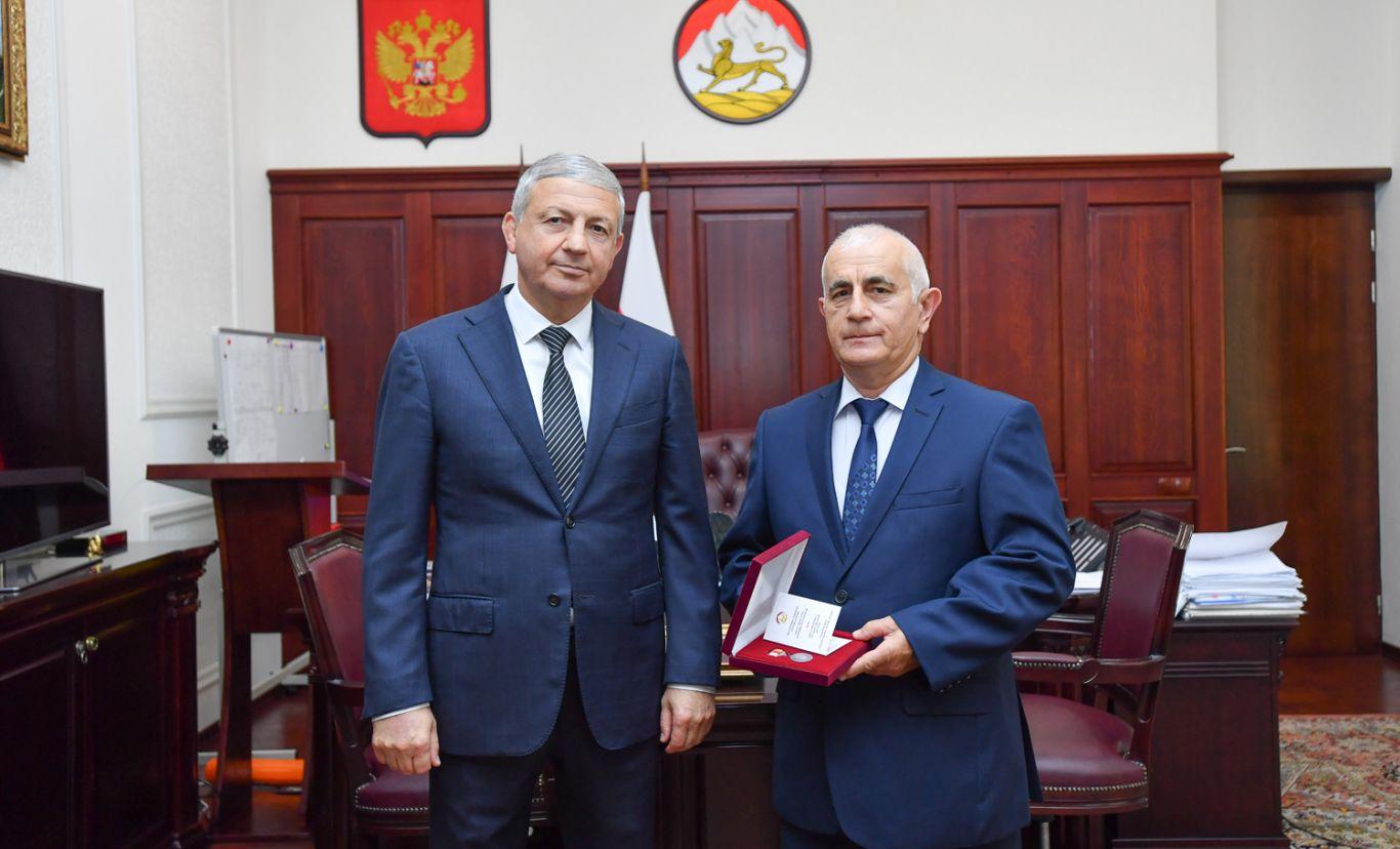 Руслан Кучиев награжден медалью «Во Славу Осетии»