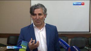 В Северной Осетии Эльмана Пашаева лишили статуса адвоката