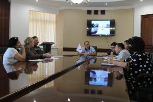 ОНФ совместно с региональной властью выработал «дорожную карту» по устранению недостатков вблизи школ в Северной Осетии