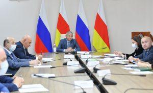 Вячеслав Битаров: Региональный бюджет ежегодно тратит 700 млн рублей на систему СПО, но подрядчики находят каменщиков в соседних республиках