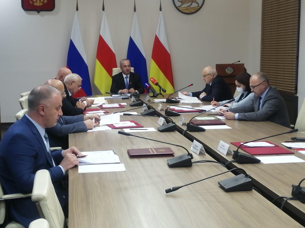 В Северной Осетии определили получателей стипендии имени В.Абаева и Г.Плиева