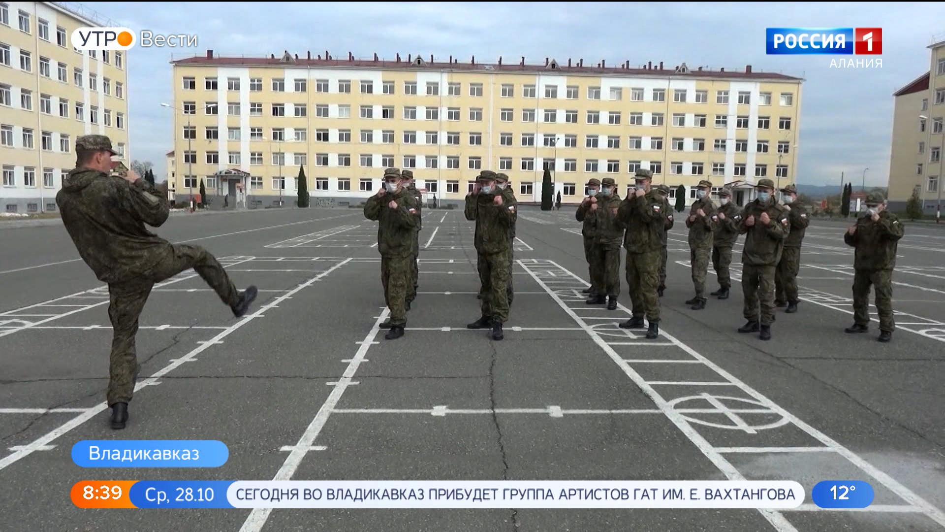 Более 100 новобранцев пополнили ряды мотострелков 58-й армии