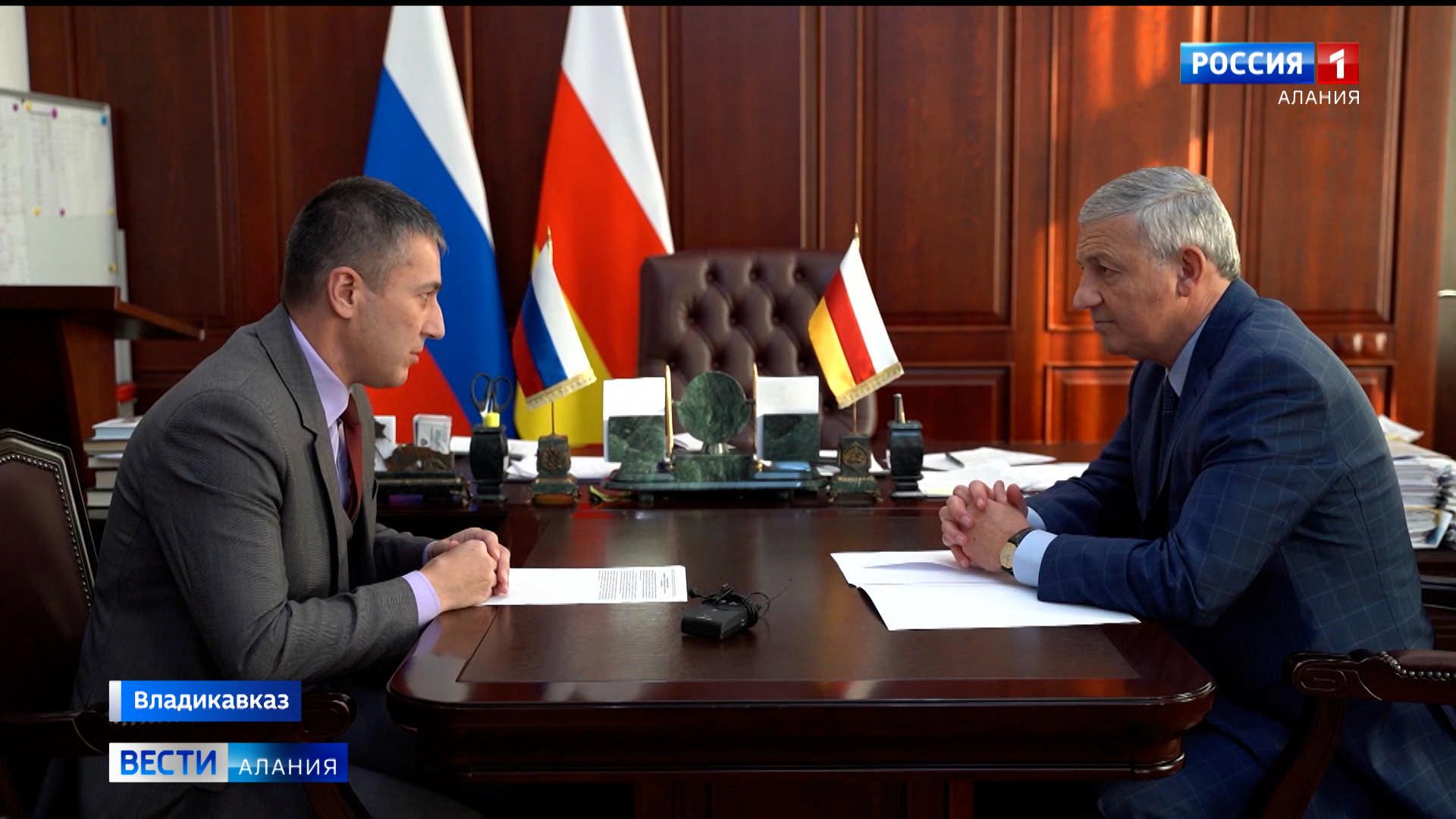 Вячеслав Битаров обсудил с руководителем управления по госзакупкам план работы на 2021 год