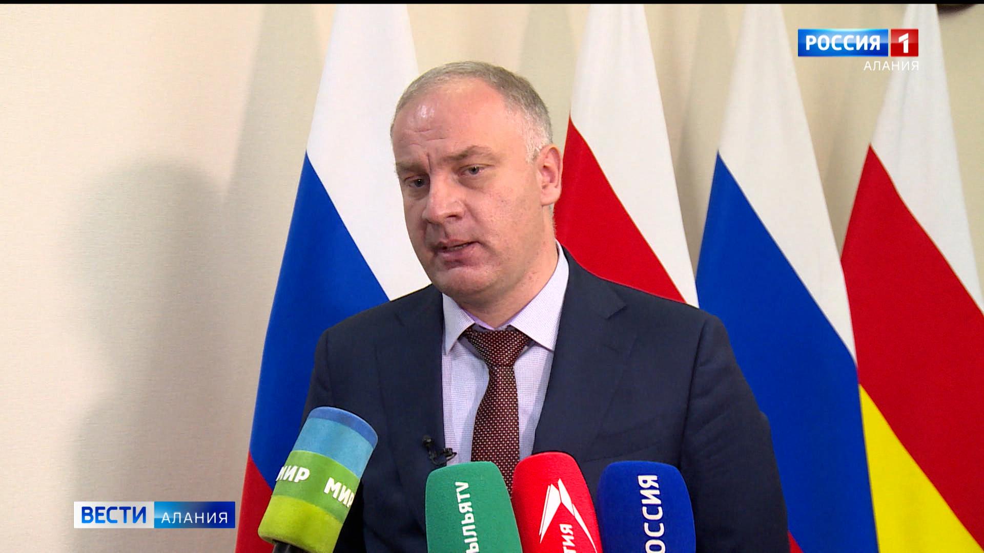 Глава Минэкономразвития Казбек Томаев прокомментировал ситуацию с ростом цены на хлеб