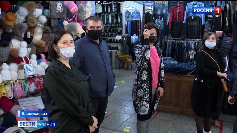 Сотрудники Роспотребнадзора проверили торговые центры на соблюдение масочного режима