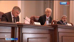 На Совете парламента Северной Осетии обсудили закон о выплатах пособий опекунам