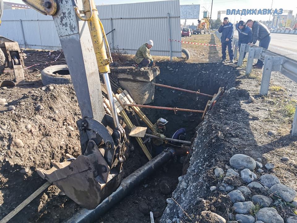 Специалисты заменили основной аварийный участок ветки водоснабжения, питающей Ногир