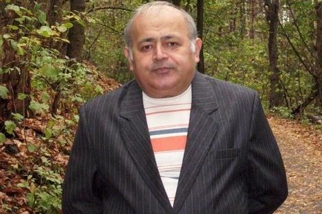 На 61-м году жизни скончался писатель, переводчик и журналист Тенгиз Догузов