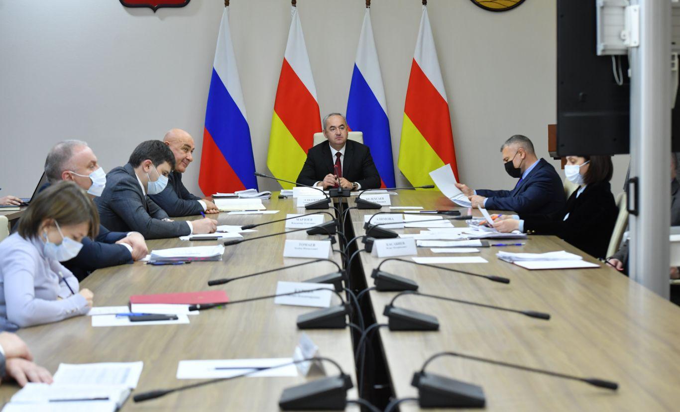 В Доме правительства обсудили ход строительства объектов социальной инфраструктуры в рамках нацпроектов