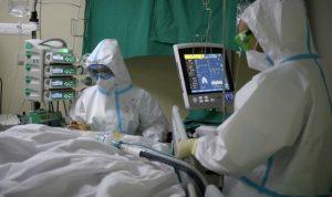 Скончавшиеся в КБСП пациенты 67 и 68 лет поступили в больницу с двусторонней пневмонией