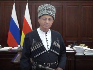Вячеслав Битаров поздравил жителей Северной Осетии с праздником Джеоргуыба