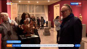 Во Владикавказе открылась выставка Сосланбека Едзиева