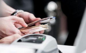 Во Владикавказе задержали мошенников, укравших из магазина около 500 тысяч рублей
