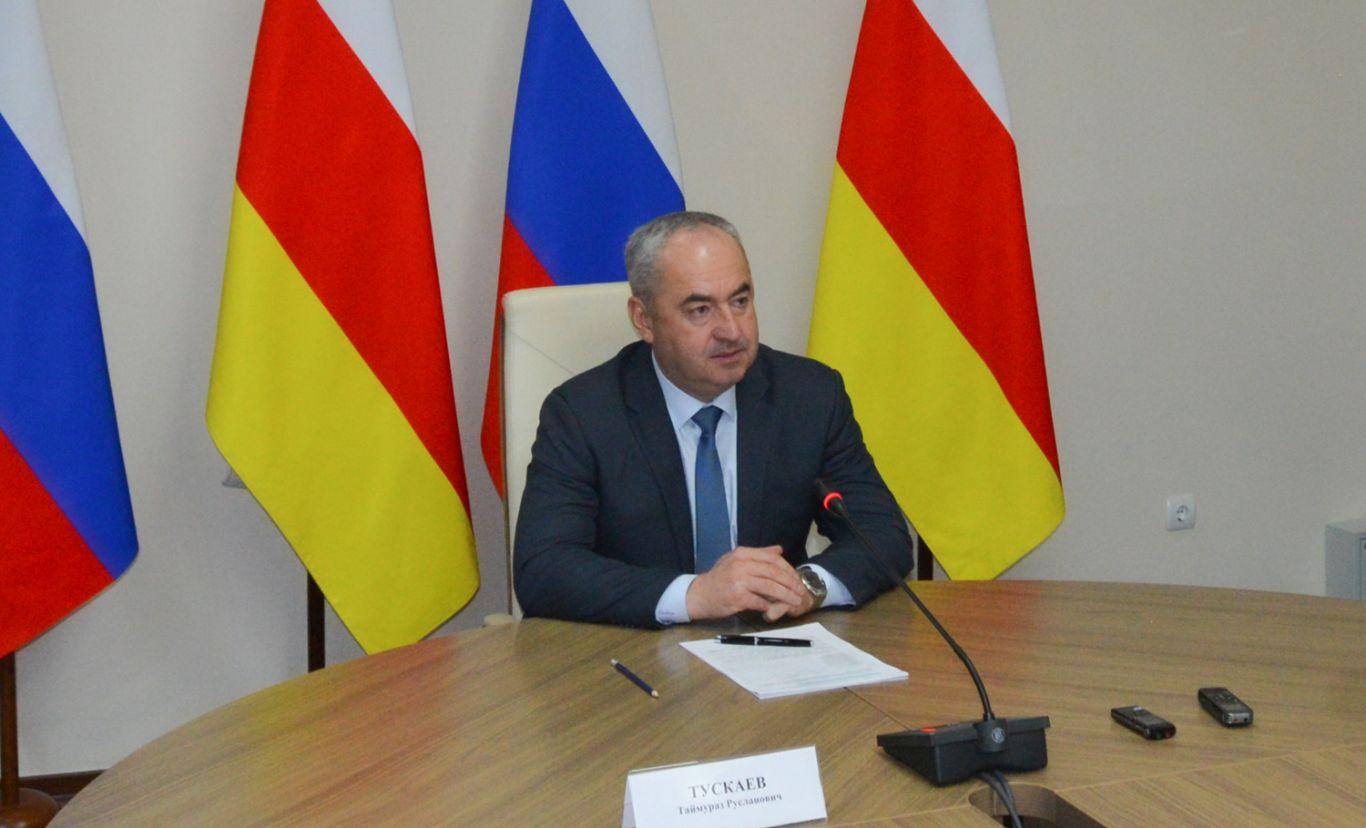 Таймураз Тускаев провел рабочую встречу с Министром труда и социального развития