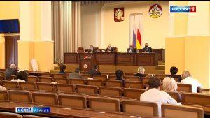 Депутаты предложили направить сэкономленные средства бюджета на выплаты медикам, работающим в ковид-зонах