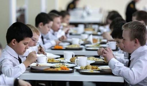 Директору СОШ №47 Владикавказа объявлен выговор за нарушения в организации школьного питания