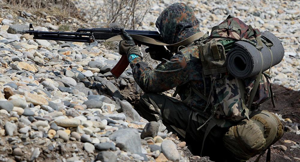 Разведчики ЮВО в Южной Осетии отразили нападения условного противника на военные объекты базы