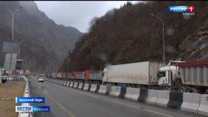 Военно-Грузинская дорога остается закрытой для всех видов транспорта