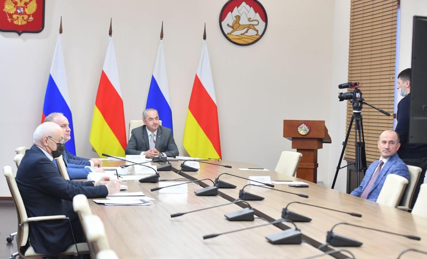 Таймураз Тускаев провел заседание рабочей группы по дальнейшему развитию ВТРК «Мамисон»