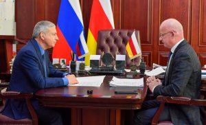 Вячеслав Битаров встретился с главой Ардонского района Владиславом Тотровым