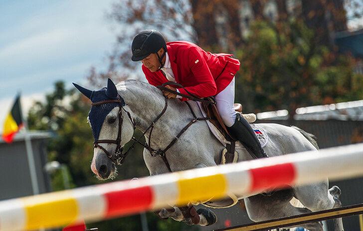 Владимир Туганов выиграл международный турнир по конному спорту в Абу-Даби
