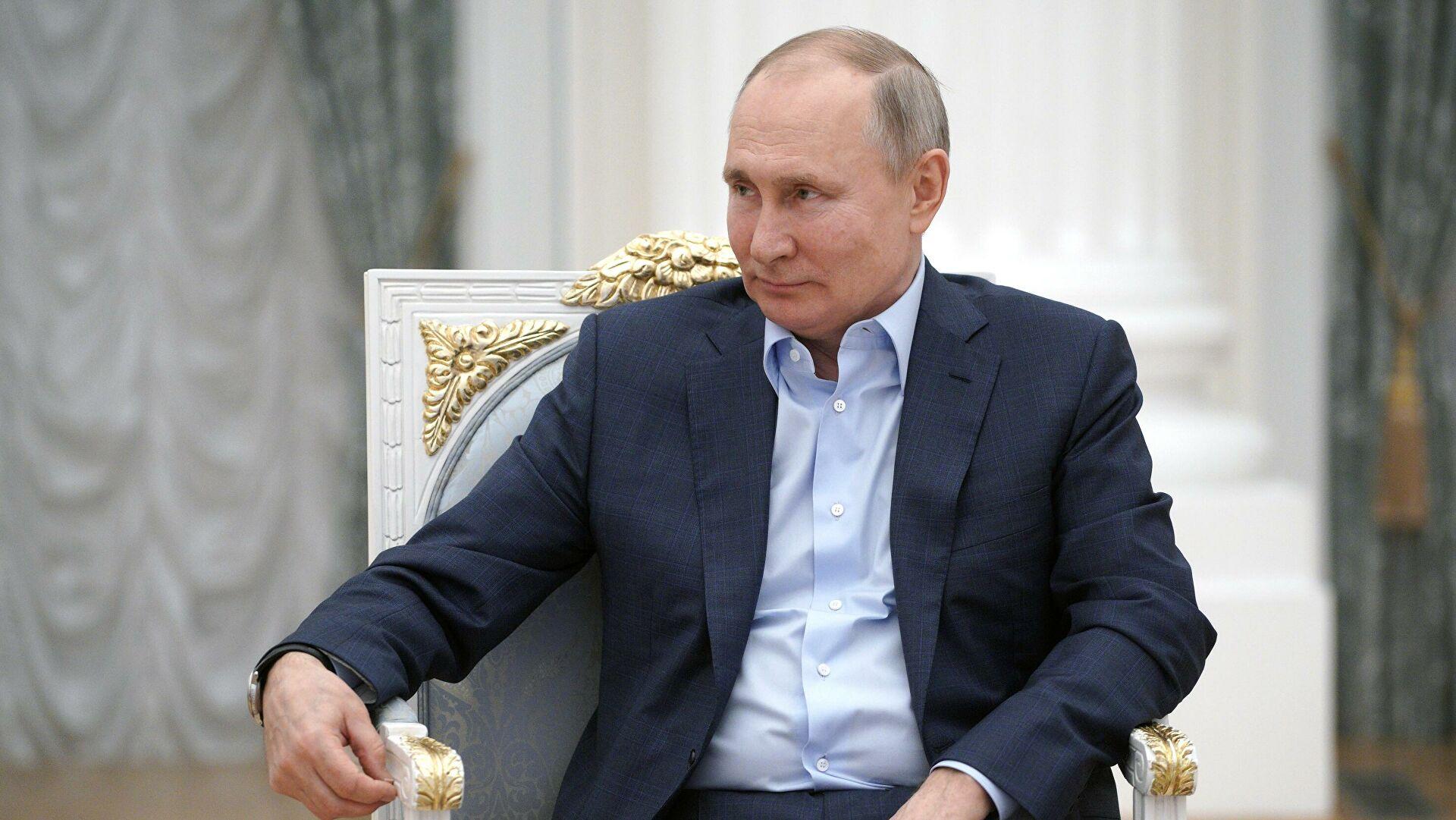 Владимир Путин наградил североосетинских медиков за вклад в борьбу с коронавирусом