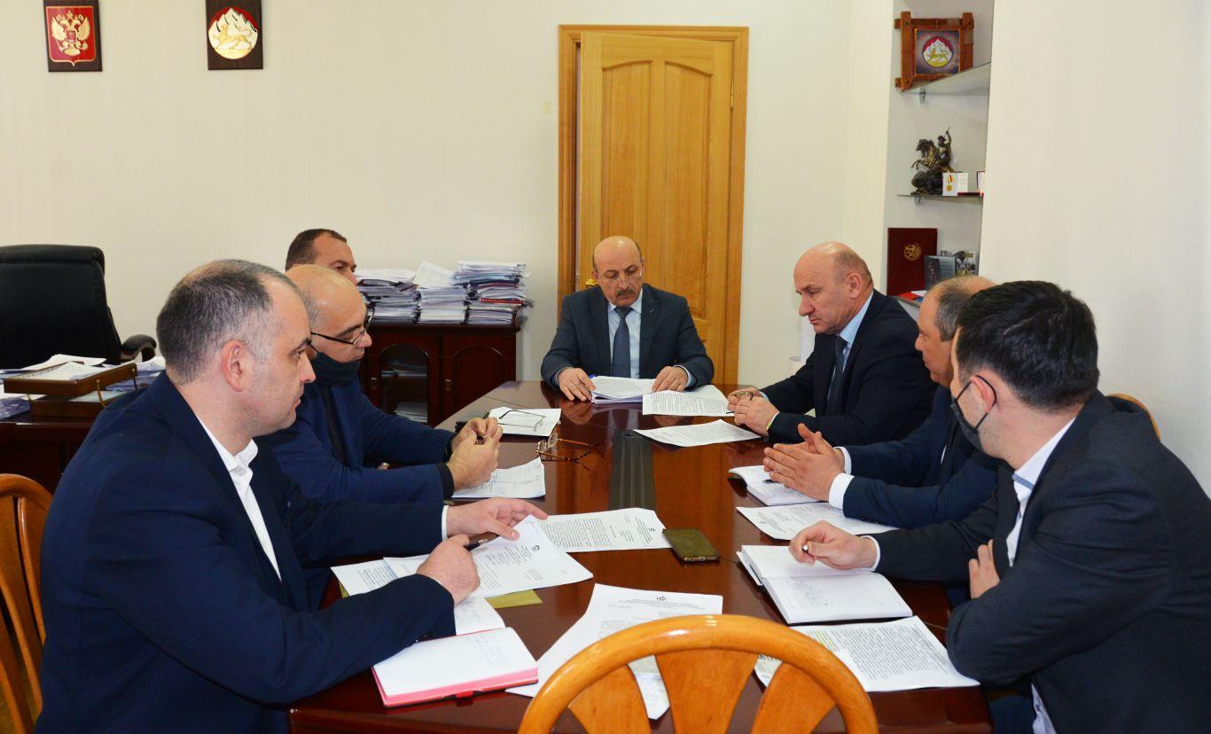 В Северной Осетии обсудили вопросы улучшение жилищно-коммунальных услуг